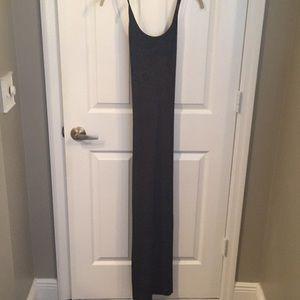 BCBGMaxazria velvet cross back gown 6